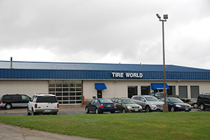 F & F Tire World - Roscoe, IL