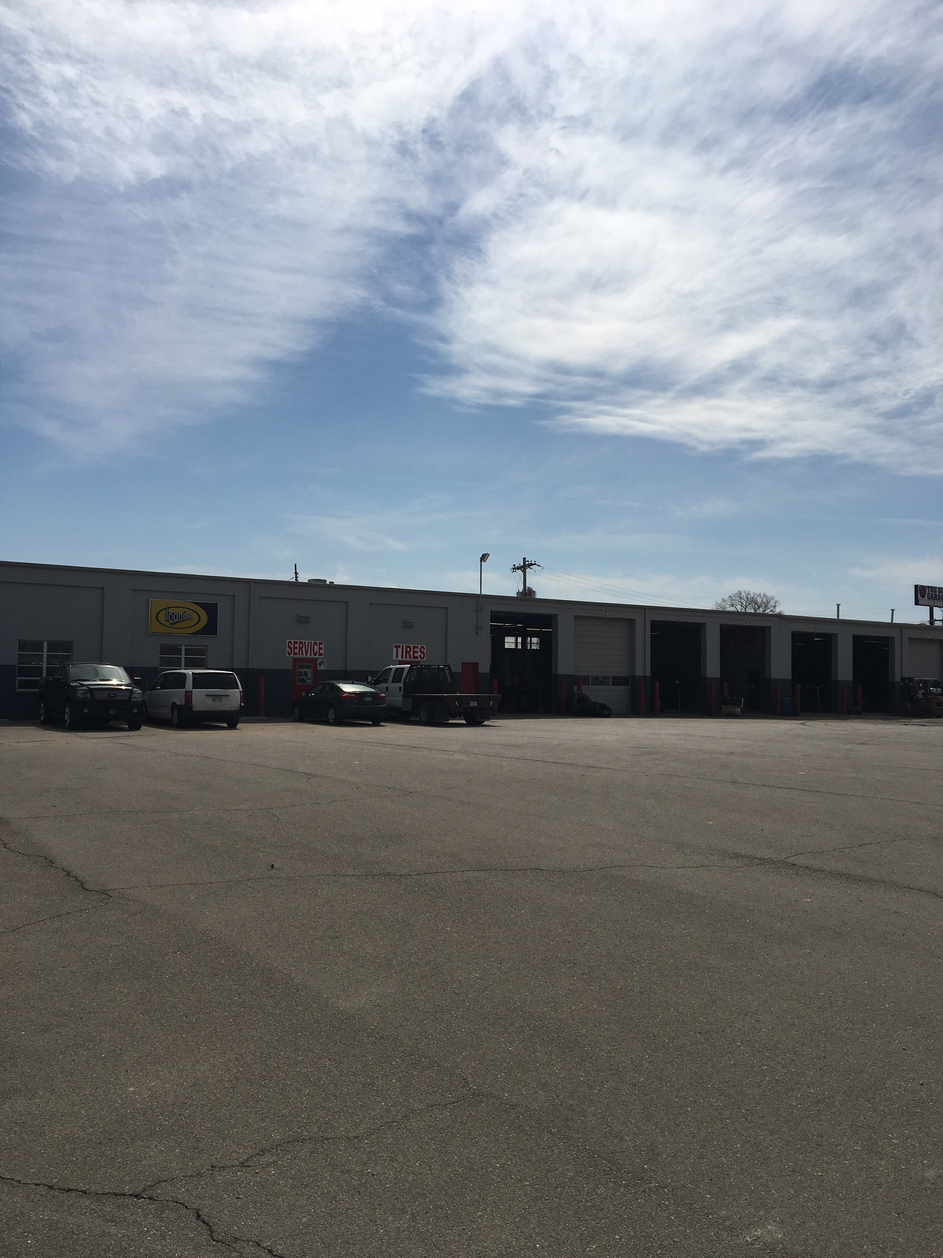Pomp S Tire Locate Your Nearest Midwestern Tire Auto Shop