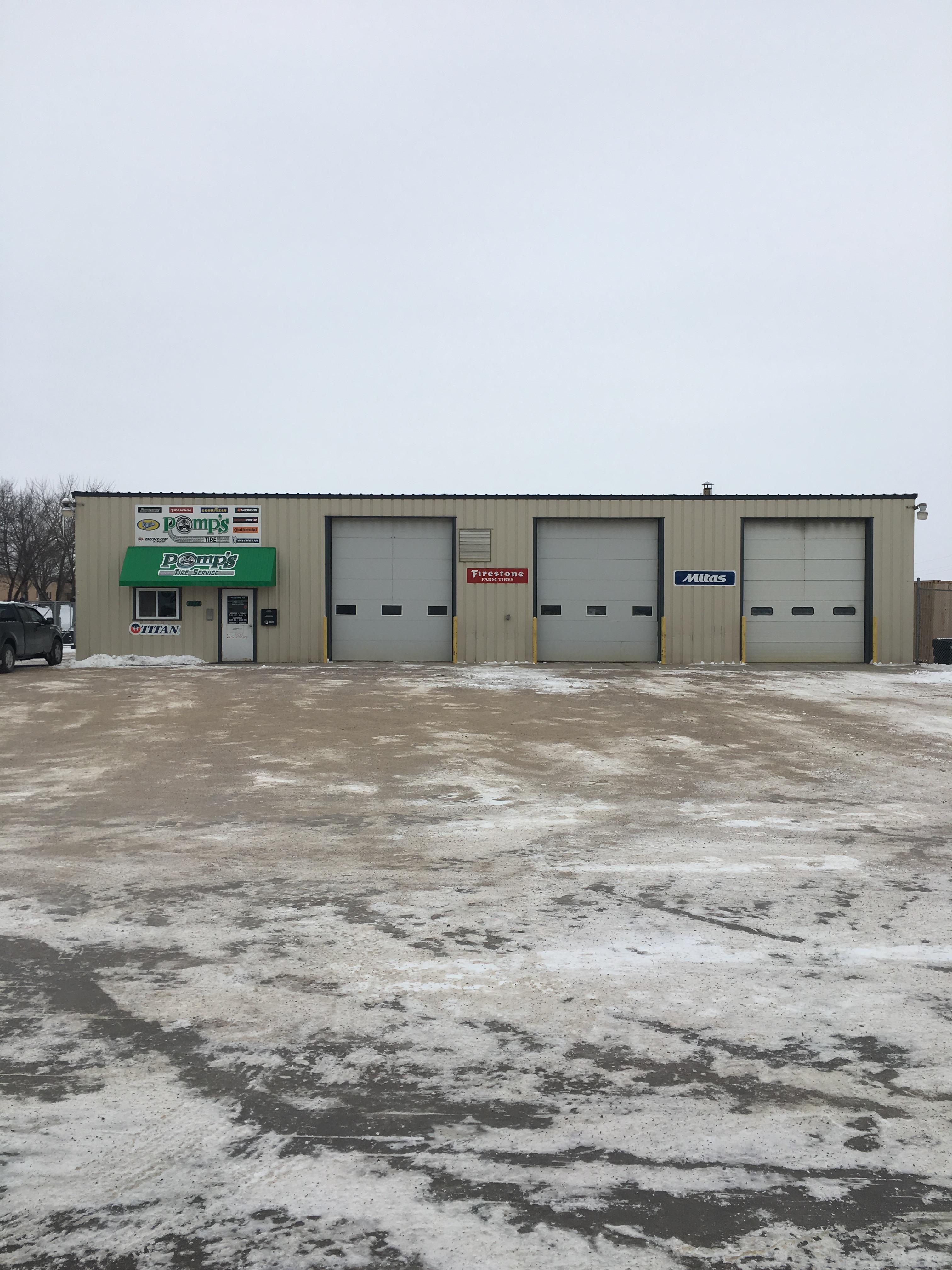 Firestone Hours Sunday >> Pomp S Tire Locate Your Nearest Midwestern Tire Auto Shop